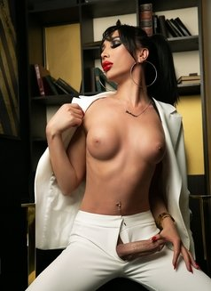 Yana Shemale - Transsexual escort in Moscow Photo 2 of 15