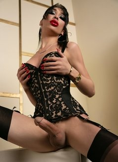 Yana Shemale - Transsexual escort in Moscow Photo 3 of 15