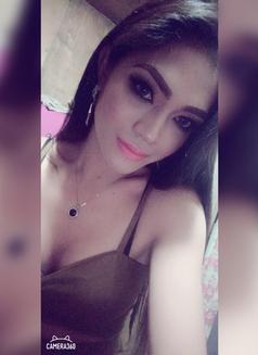 Yanyan(new) - Transsexual escort in Manila Photo 8 of 14
