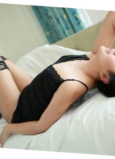 Than-Chi Beautiful and Lovely - escort in Shanghai Photo 21 of 30