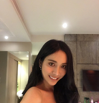 Yaya - Transsexual escort in Phuket