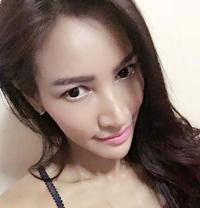 Yiyi - escort in Bangkok