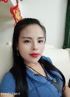 Yumi - escort in Abha Photo 3 of 7