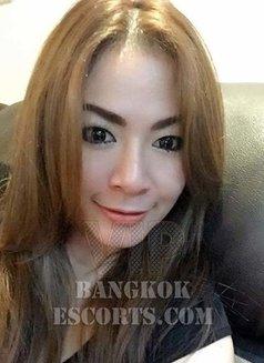 Yochi - escort in Bangkok Photo 9 of 9