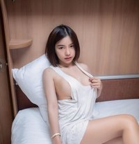 Yoona - escort in Hong Kong