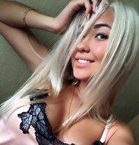 YOUNG 19 years Kira - escort in Cairo