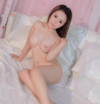Young Japanese Girl Maki - escort in Dubai