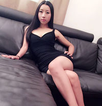 young nice japanese camilla 20 years old - masseuse in Dubai Photo 1 of 5