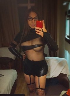 Your Filipina Sex Guru - Transsexual escort in Singapore Photo 25 of 28