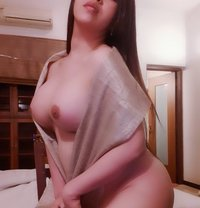 versatile Gold APPLE limited time only - Transsexual escort in Mumbai