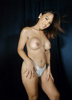 TS Mia Rita - Transsexual escort in Singapore Photo 14 of 26