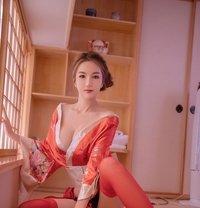Yuki independence - escort in Shanghai Photo 13 of 15