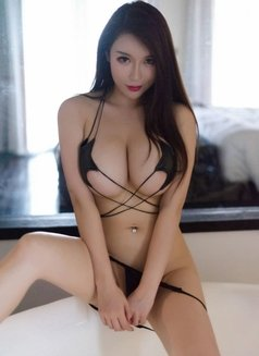 Yuko Japanese real pictures - escort in Hong Kong Photo 1 of 10