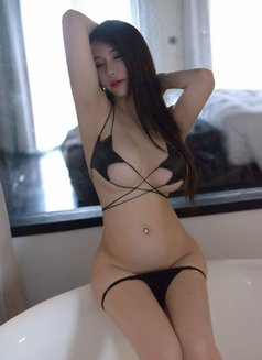 Yuko Japanese real pictures - escort in Hong Kong Photo 5 of 10