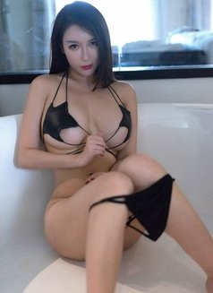 Yuko Japanese real pictures - escort in Hong Kong Photo 6 of 10