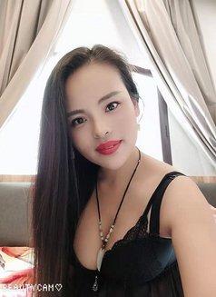 Yumi - escort in Abha Photo 7 of 7