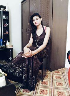 Zara (Owc)(cim)indian Escort in Dubai - escort in Dubai Photo 2 of 3