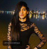 Zoe - escort in Dubai