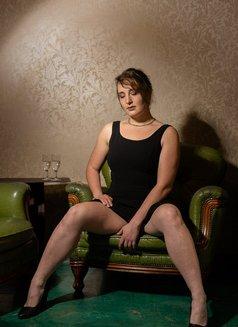 Zoe Sabot - escort in Berlin Photo 3 of 6