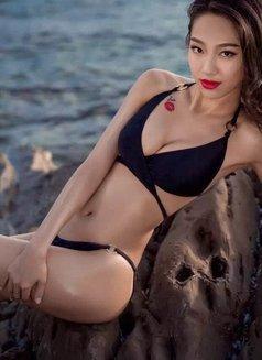 Zoey - escort in Shenzhen Photo 4 of 4