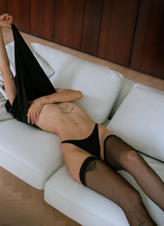 Zuzanna Gabrielli - escort in Berlin Photo 12 of 17